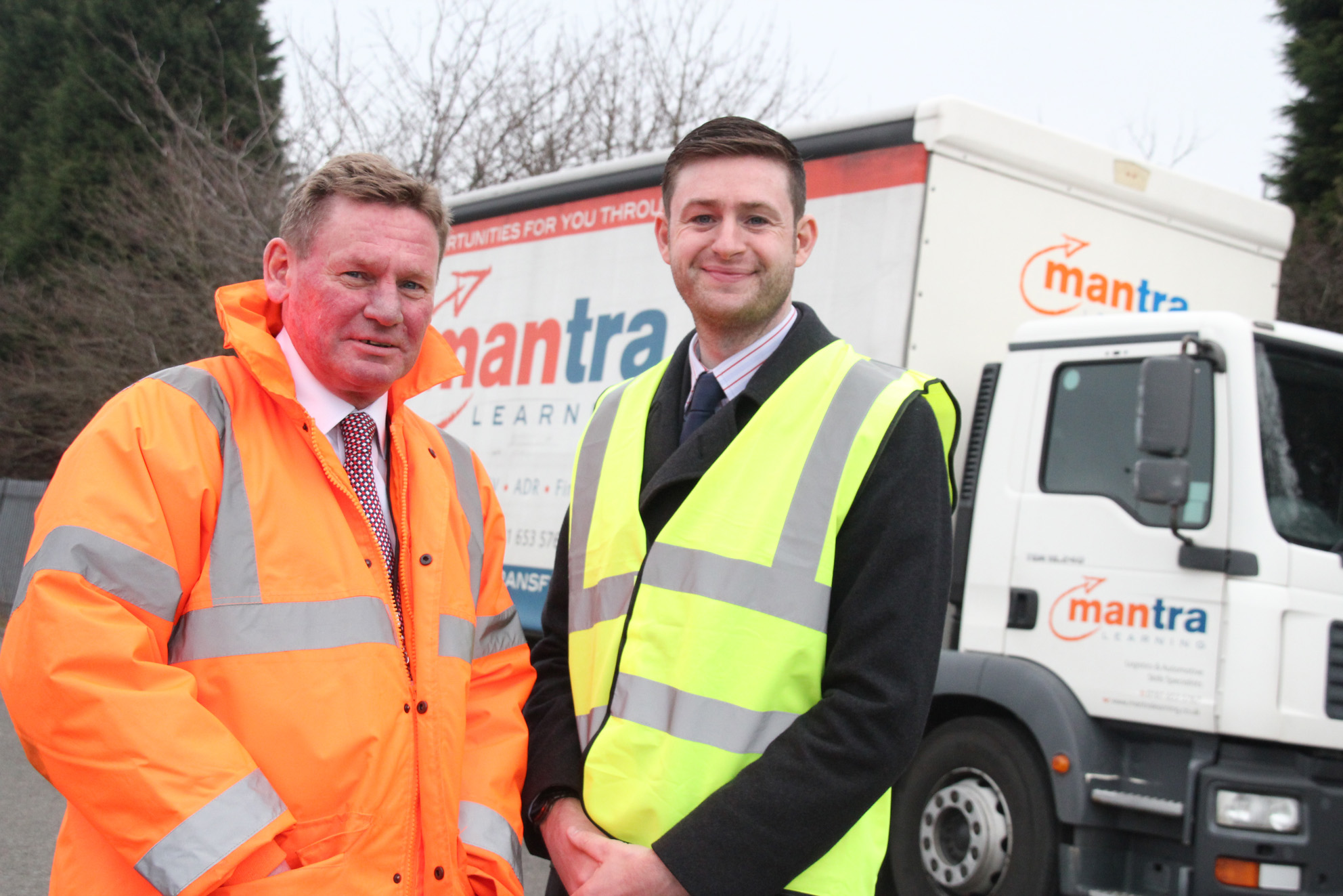 Jim McMahon, Oldham Council Leader (pictured right) with Mark Currie, Mantra Chief Executive at the Driver Shortage Crisis Forum. Warehouse to Wheels